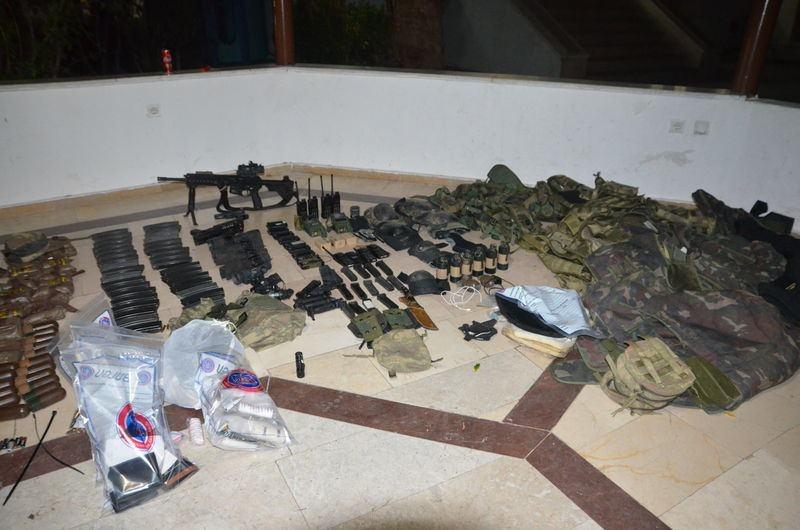 Otel baskınındaki silahlar bulundu! 11