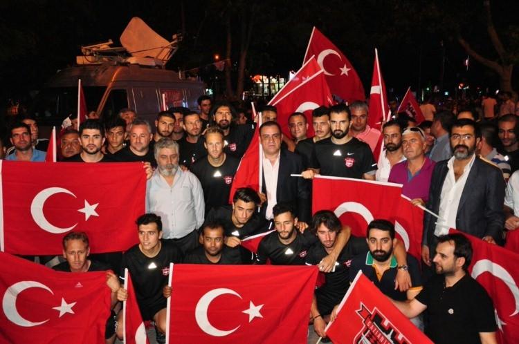 Futbol dünyası darbe girişimine karşı tek yürek 7
