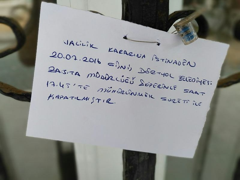 FETÖ'cu okullar tek tek kapatılıyor! 10