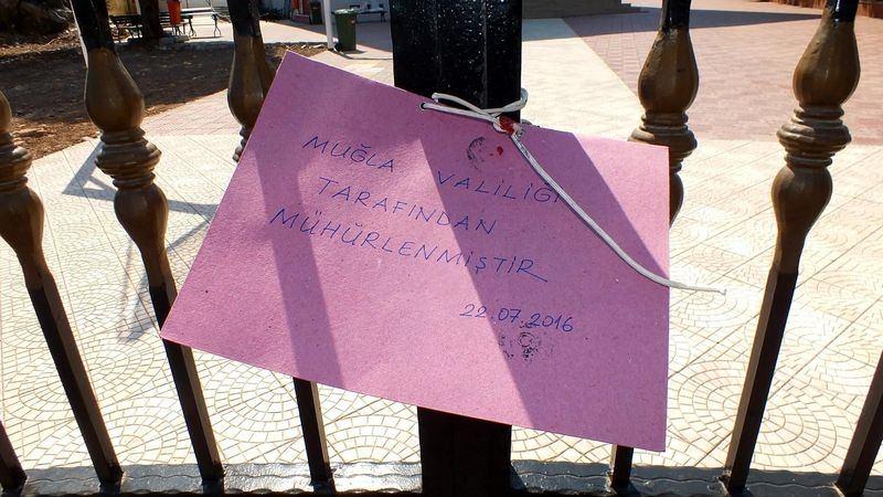 FETÖ'cu okullar tek tek kapatılıyor! 37