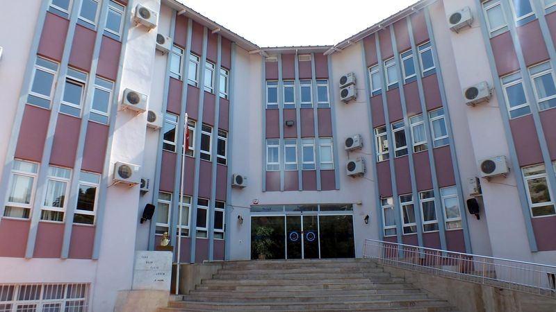 FETÖ'cu okullar tek tek kapatılıyor! 39
