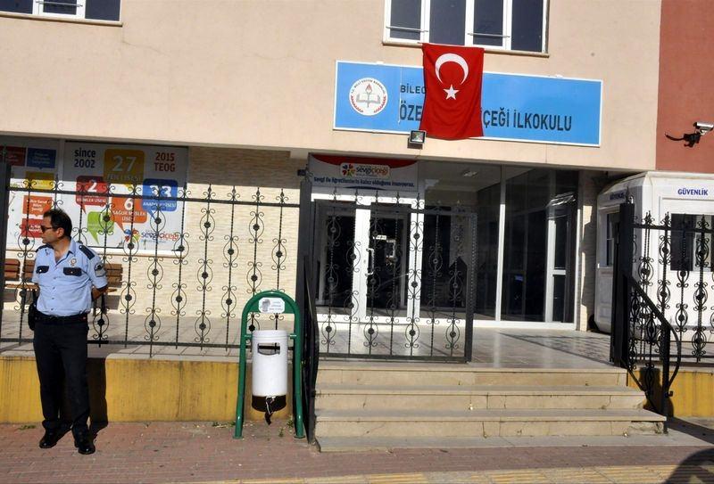 FETÖ'cu okullar tek tek kapatılıyor! 56