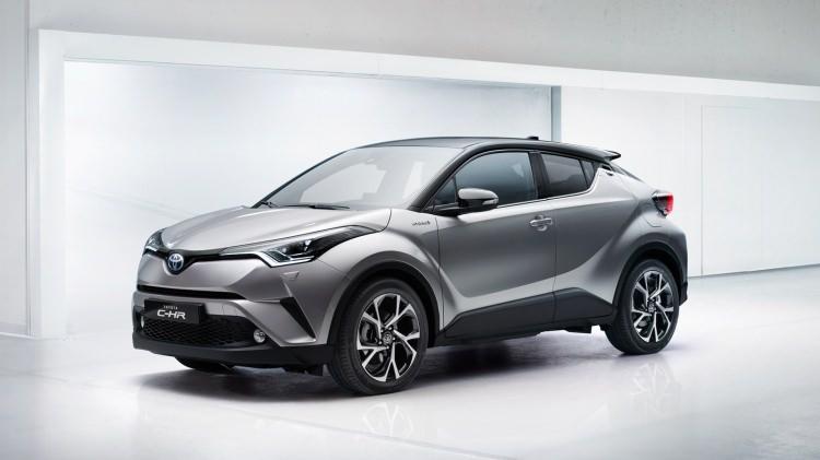 Toyota C-HR ne zaman satışa sunuluyor? 11