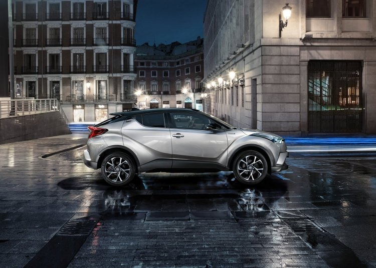 Toyota C-HR ne zaman satışa sunuluyor? 3