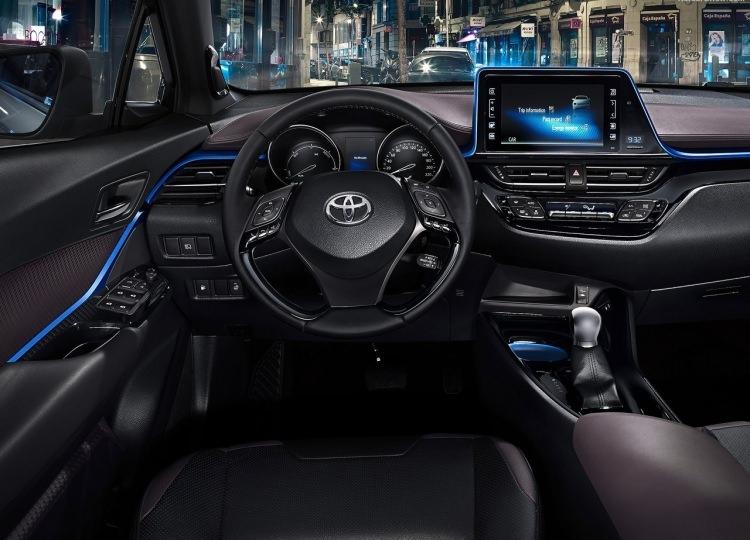 Toyota C-HR ne zaman satışa sunuluyor? 4