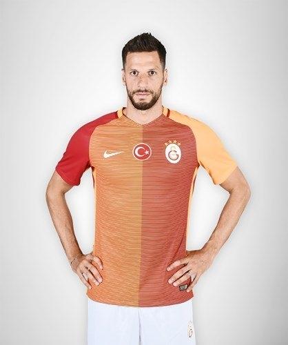 Galatasaray'ın yeni formaları tanıtıldı 16