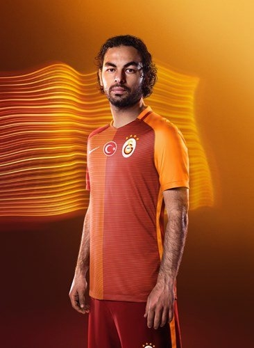 Galatasaray'ın yeni formaları tanıtıldı 17