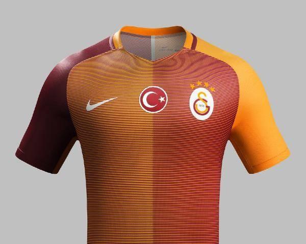 Galatasaray'ın yeni formaları tanıtıldı 2