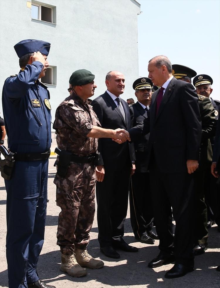Erdoğan, Özel Harekat Daire Başkanlığı'nı ziyaret etti 12