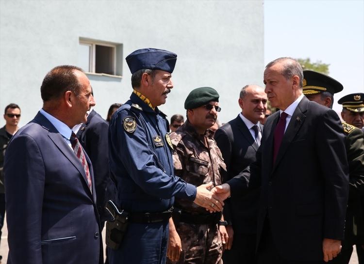 Erdoğan, Özel Harekat Daire Başkanlığı'nı ziyaret etti 13