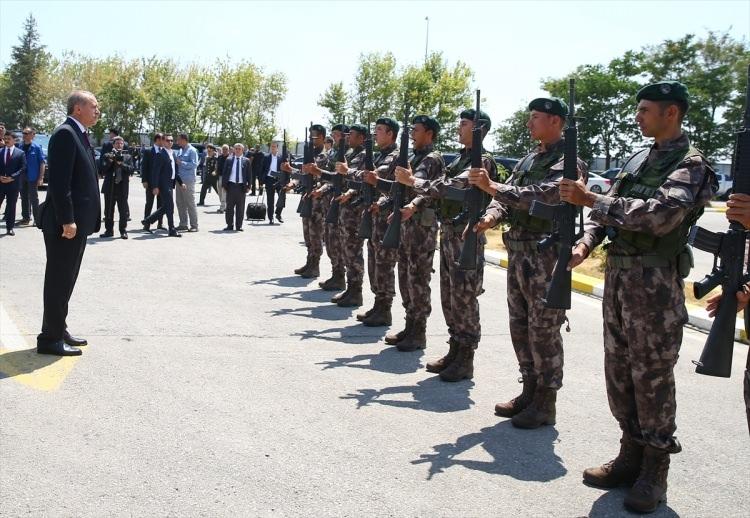 Erdoğan, Özel Harekat Daire Başkanlığı'nı ziyaret etti 15