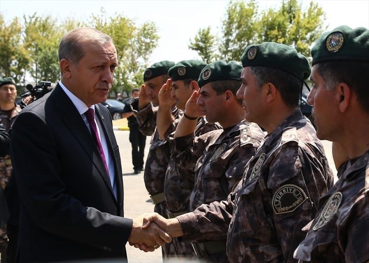 Erdoğan, Özel Harekat Daire Başkanlığı'nı ziyaret etti 16