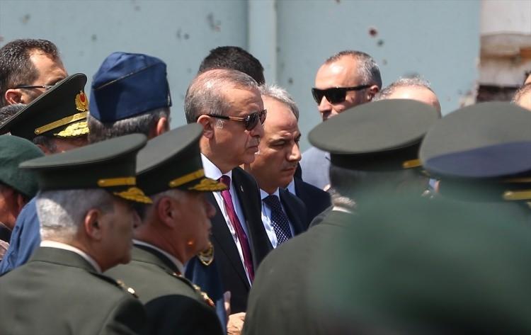 Erdoğan, Özel Harekat Daire Başkanlığı'nı ziyaret etti 17
