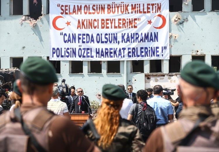 Erdoğan, Özel Harekat Daire Başkanlığı'nı ziyaret etti 22