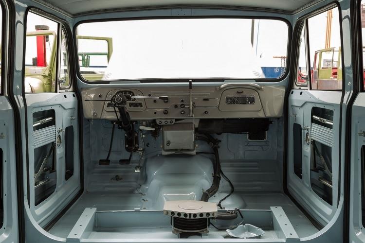 Eski Toyota Land Cruiser'ın bir de son halini görün 4
