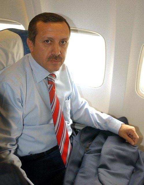 Türkiye siyaseti ve darbeler 100