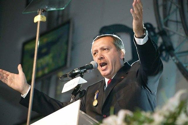 Türkiye siyaseti ve darbeler 107