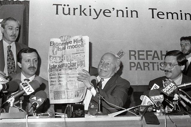 Türkiye siyaseti ve darbeler 108