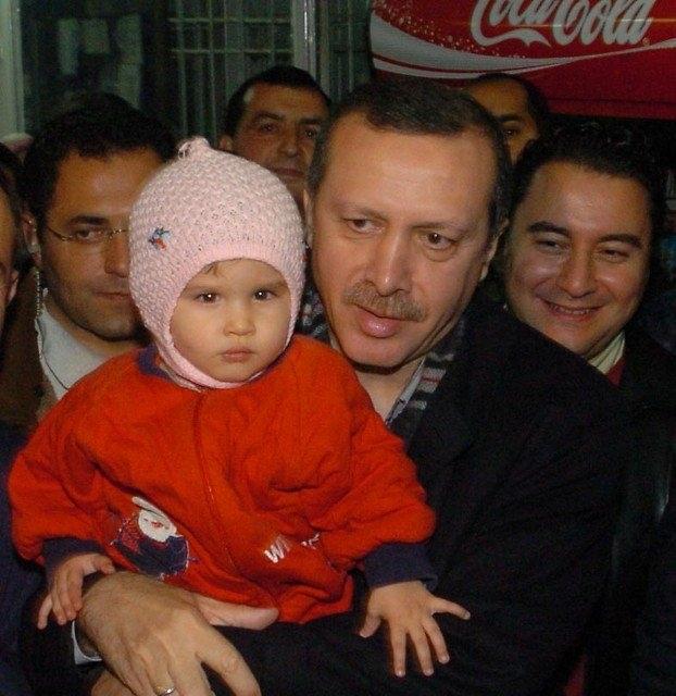 Türkiye siyaseti ve darbeler 115
