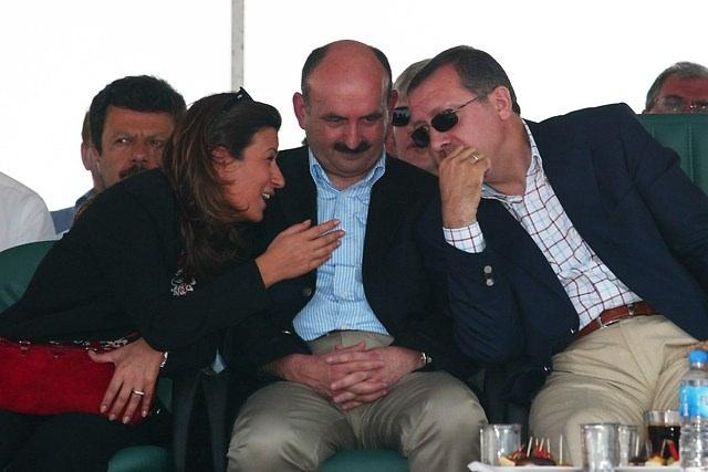 Türkiye siyaseti ve darbeler 127