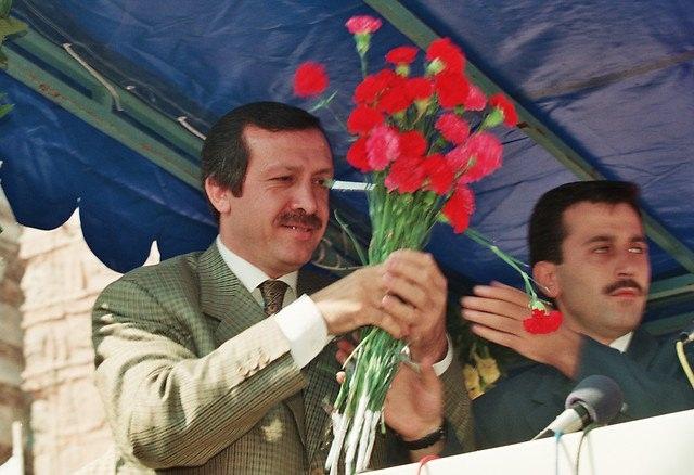 Türkiye siyaseti ve darbeler 141
