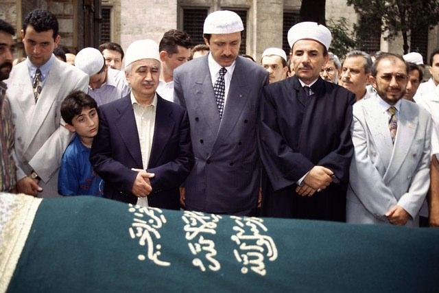 Türkiye siyaseti ve darbeler 144
