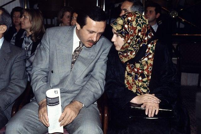 Türkiye siyaseti ve darbeler 145