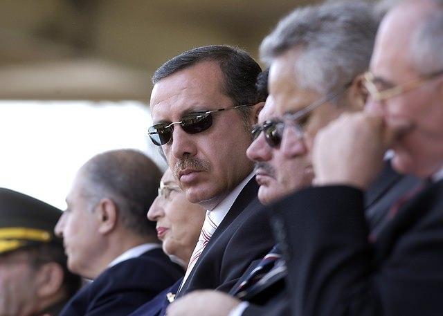 Türkiye siyaseti ve darbeler 149