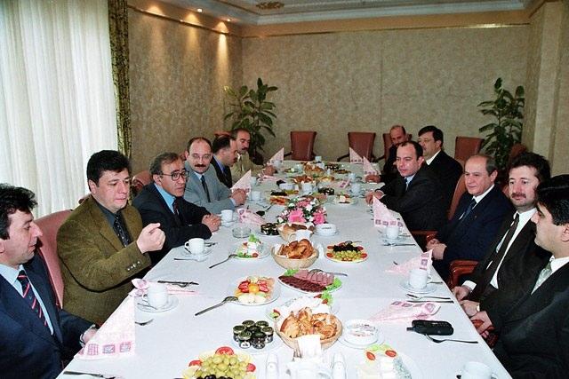 Türkiye siyaseti ve darbeler 64