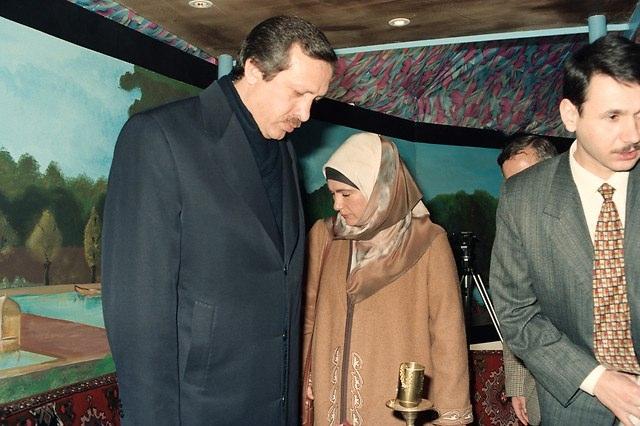 Türkiye siyaseti ve darbeler 97