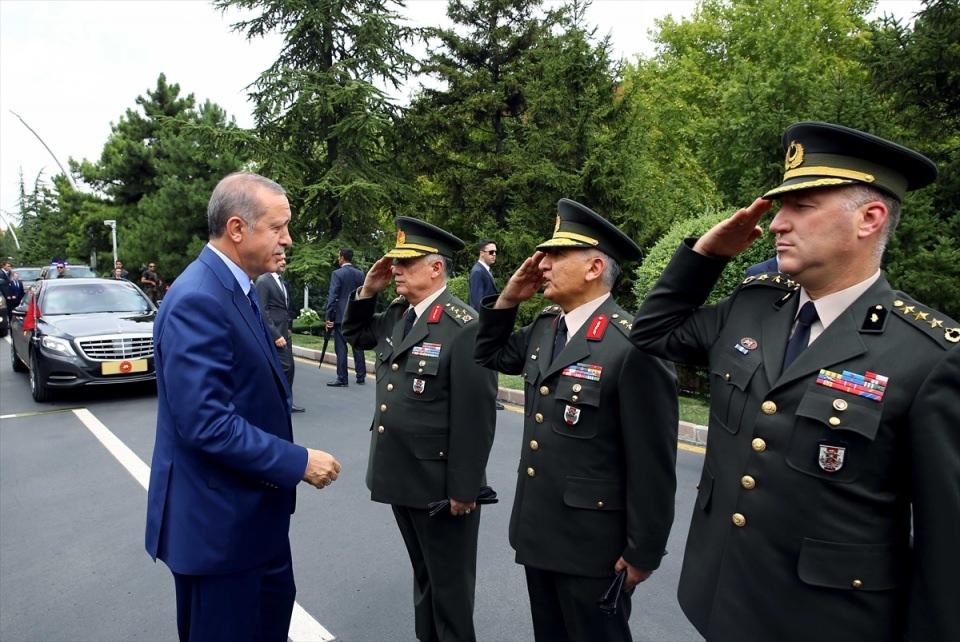 Cumhurbaşkanı Erdoğan, Genelkurmay karargahında 13