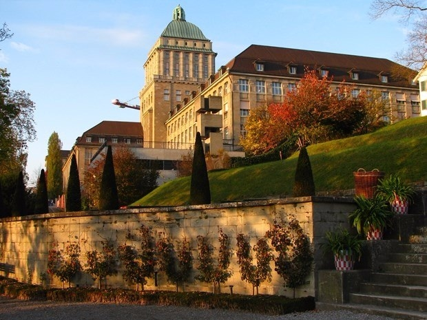 Dünyanın en iyi 100 üniversitesi 54