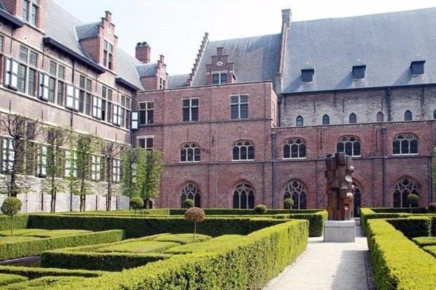Dünyanın en iyi 100 üniversitesi 62