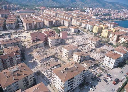 Marmara Depremi'nin 17.yıldönümü 4