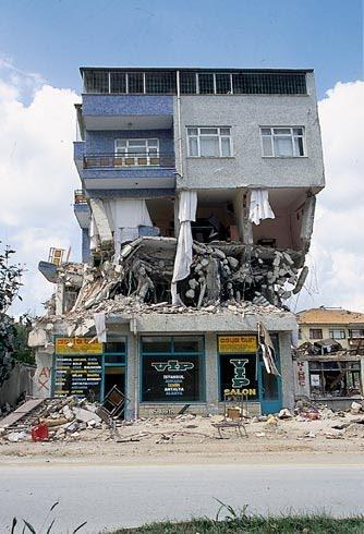 Marmara Depremi'nin 17.yıldönümü 50