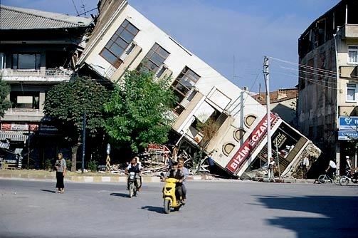 Marmara Depremi'nin 17.yıldönümü 61