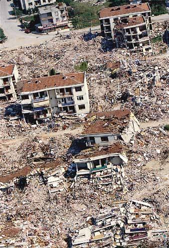 Marmara Depremi'nin 17.yıldönümü 74