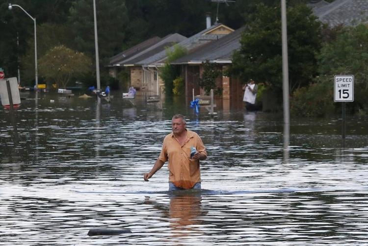 ABD'de sel: 20 bin kişi tahliye edildi 10