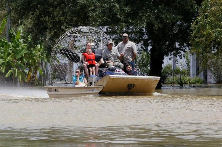 ABD'de sel: 20 bin kişi tahliye edildi 14