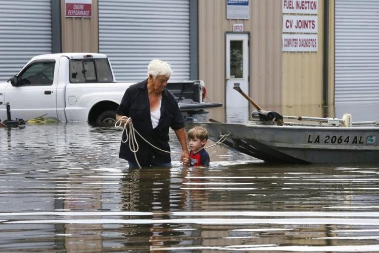 ABD'de sel: 20 bin kişi tahliye edildi 22