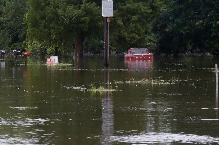 ABD'de sel: 20 bin kişi tahliye edildi 4