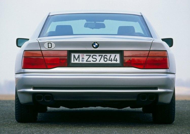 BMW 8 Serisi için geri sayım 1