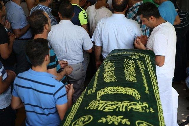 Çocuk bombacıyla çocukları katlettiler 14