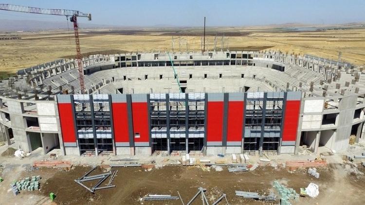 Türkiye'nin yeni stadyumları göz kamaştırıyor 18