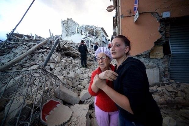 İtalya'da deprem: 6 ölü 23