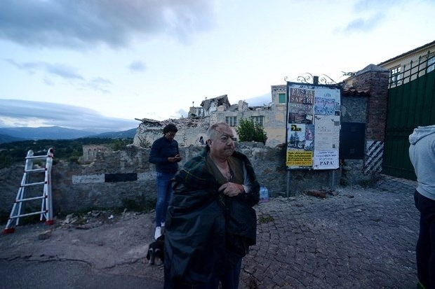 İtalya'da deprem: 6 ölü 26