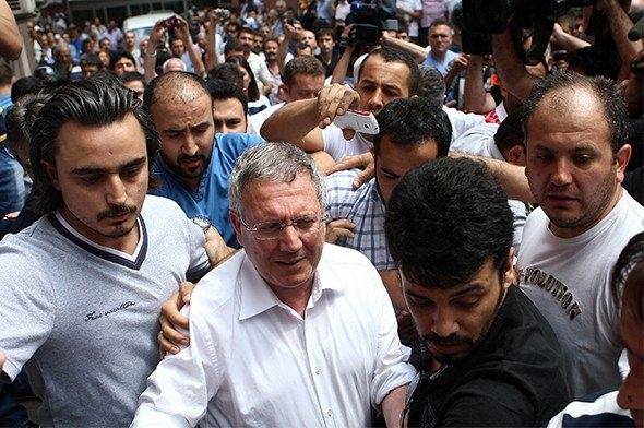 Aziz Yıldırım: Cumhurbaşkanı Erdoğan yalnız kaldı 7