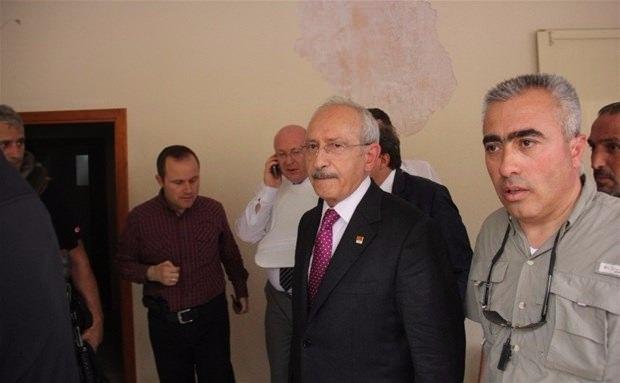 Kılıçdaroğlu'nun konvoyuna saldırı 1