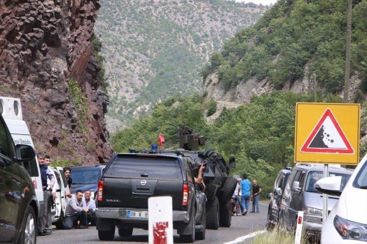 Kılıçdaroğlu'nun konvoyuna saldırı 19