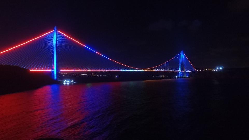 3. Köprü'de dikkat çeken ayrıntı 36